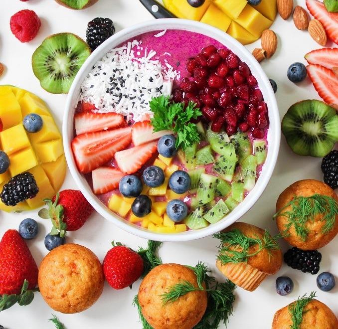 Ausgewogene und gesunde Ernährung, um Muskeln aufzubauen