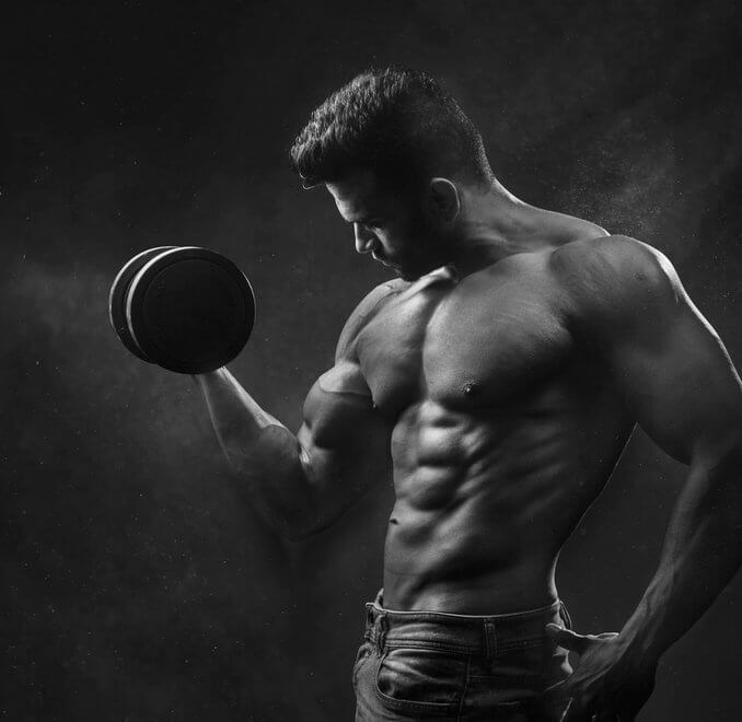 Gezielter Muskelaufbau mit dem richtigen Ernährungsplan