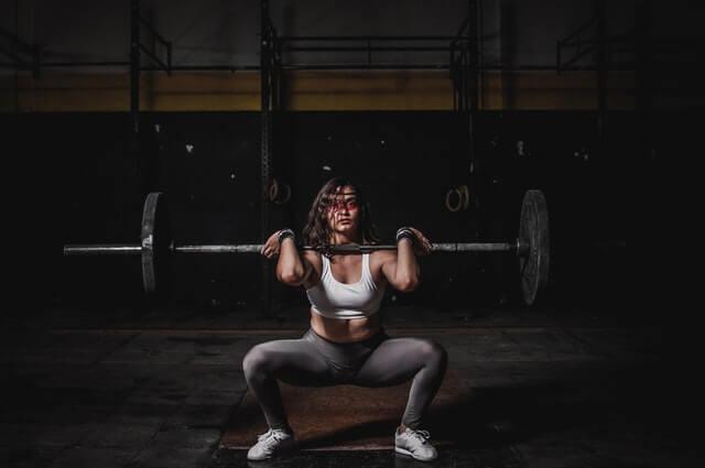 Muskeln definieren und Formen für Frauen