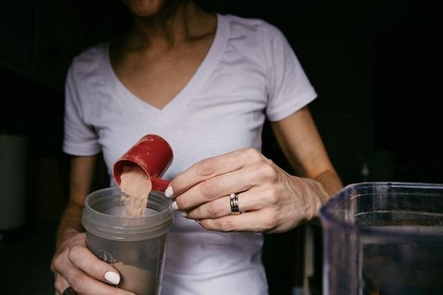 Protein-Shakes können den Muskelaufbau unterstützten