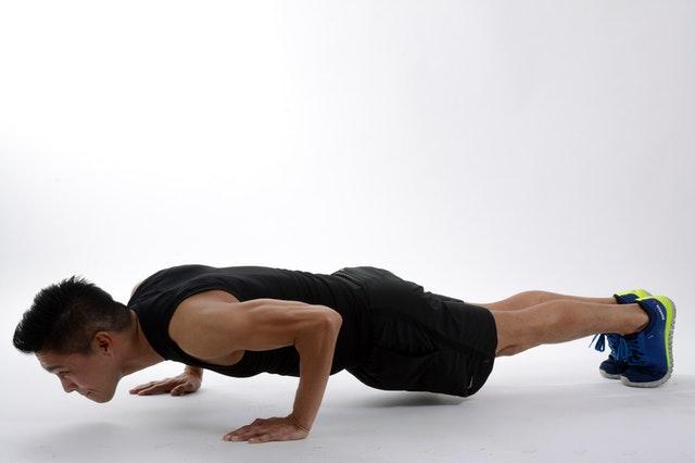 Unterstützen Sie Ihren Muskelaufbau Mit Liegestütze
