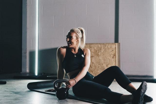 Bauch und Rücken trainieren
